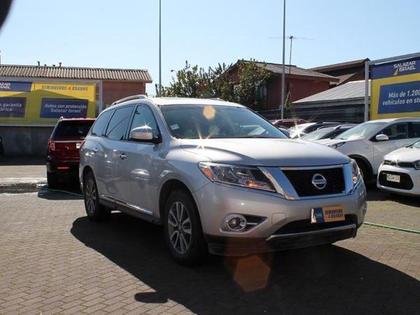 Nissan Pathfinder PATHFINDER ADVANCE AWD 3. año 2016