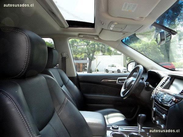 Nissan Pathfinder EXCLUSIVE año 2016