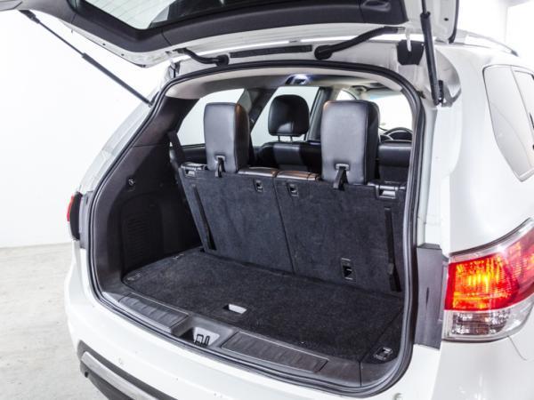 Nissan Pathfinder ADVANCE año 2017