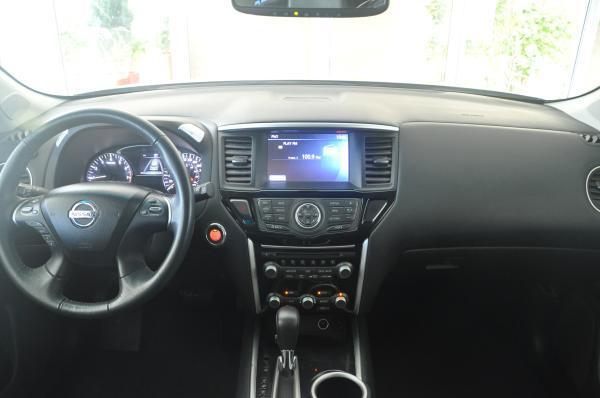 Nissan Pathfinder 3.5 Advance CVT año 2017