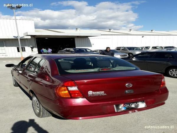 Nissan Platina 1.6 MT año 2006