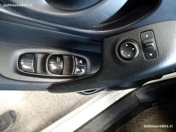 Nissan Qashqai SENSE MT 4X2 año 2015