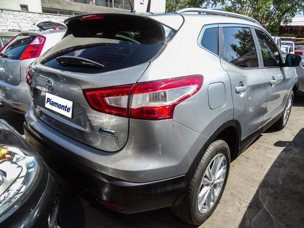 Nissan Qashqai AT año 2015