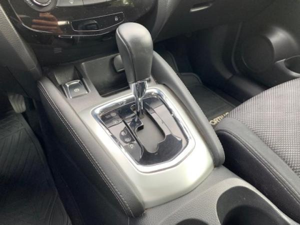 Nissan Qashqai CONTADO $10.000.000.- año 2017