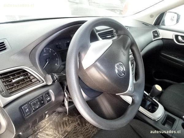 Nissan Sentra  año 2014