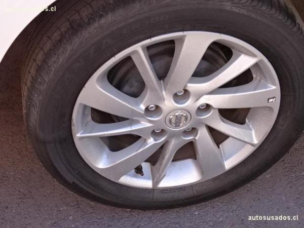 Nissan Sentra SENSE 1.8 año 2015