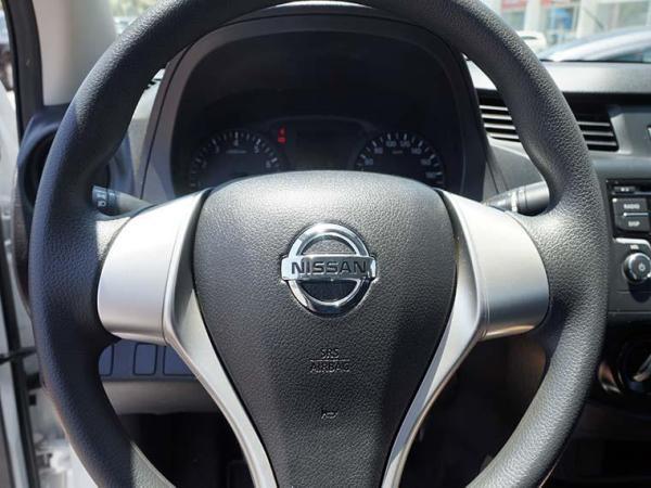 Nissan Sentra NP300 DCAB 2.5 año 2018