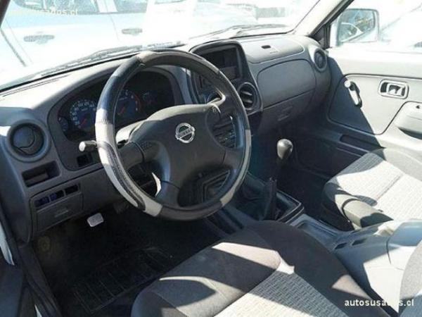 Nissan Terrano 2.4 año 2012
