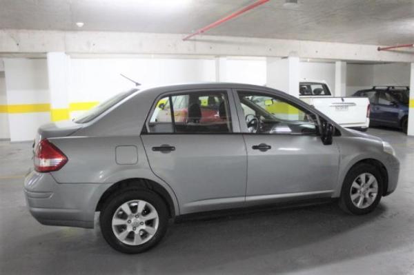 Nissan Tiida VERSION año 2012