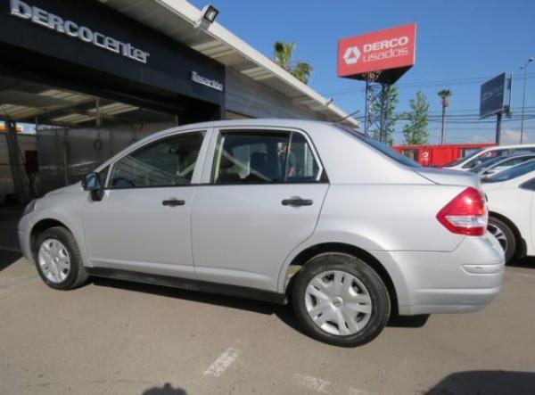 Nissan Tiida ENTEY año 2013