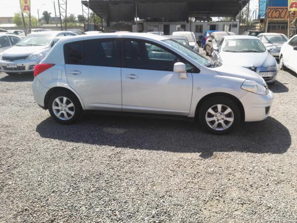 Nissan Tiida SPORT 1.6 año 2013