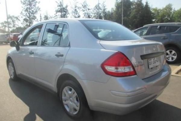 Nissan Tiida 1.6 año 2014