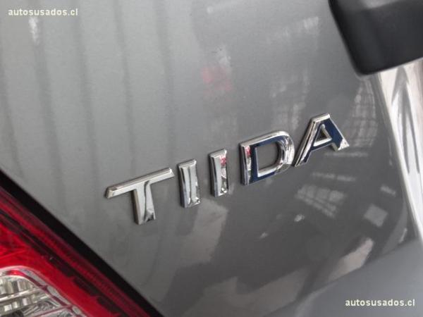 Nissan Tiida SEDAN año 2016