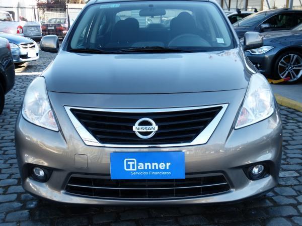 Nissan Versa ADVANCE AT CRUCERO año 2013