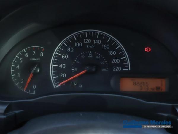 Nissan Versa SENSE 1.6 año 2013