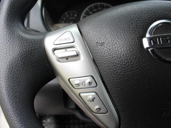 Nissan Versa SENSE 1.6 AT año 2015