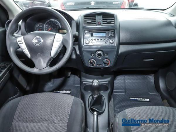 Nissan Versa SENSE 1.6 año 2015
