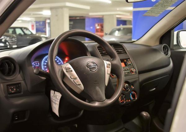 Nissan Versa 1.6 SENSE MT año 2016