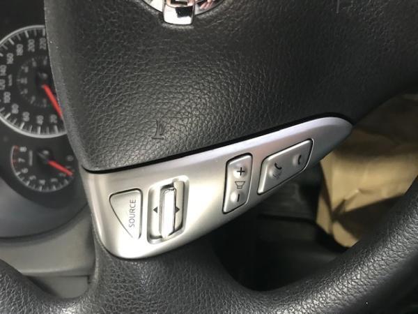 Nissan Versa 1.6 Sense AT año 2016