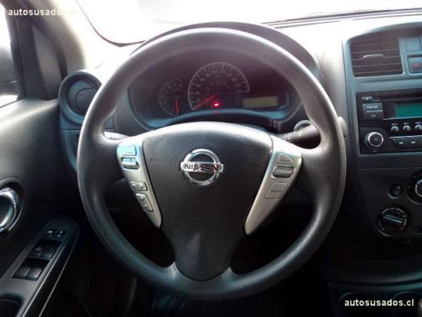 Nissan Versa SENSE año 2016