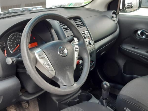 Nissan Versa SENSE 1.6 año 2016