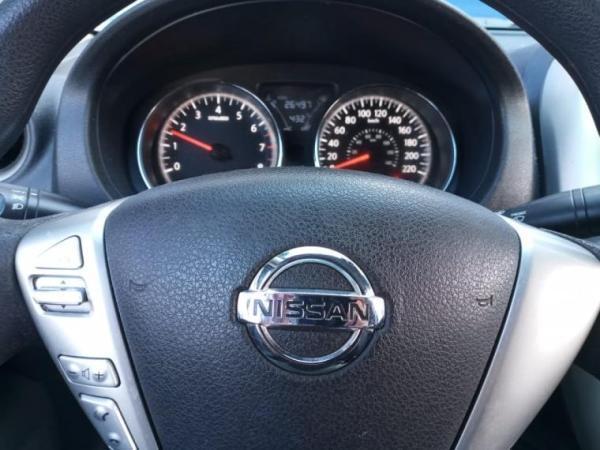 Nissan Versa SENSE 1.6 año 2018