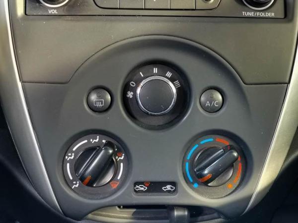 Nissan Versa 1.6 año 2018