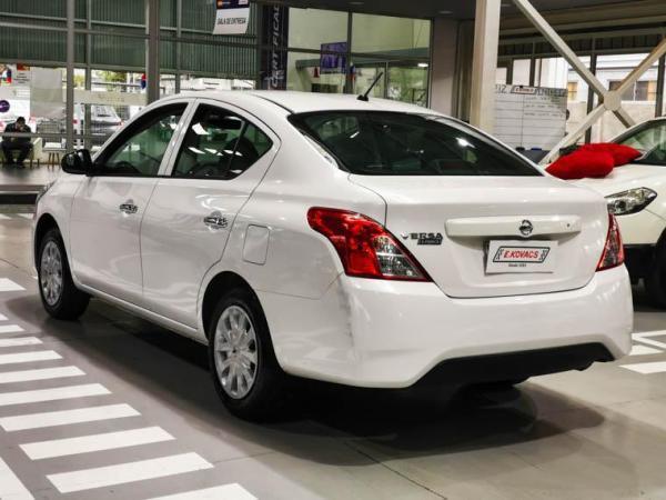 Nissan Versa SEDAN 1.6 año 2019
