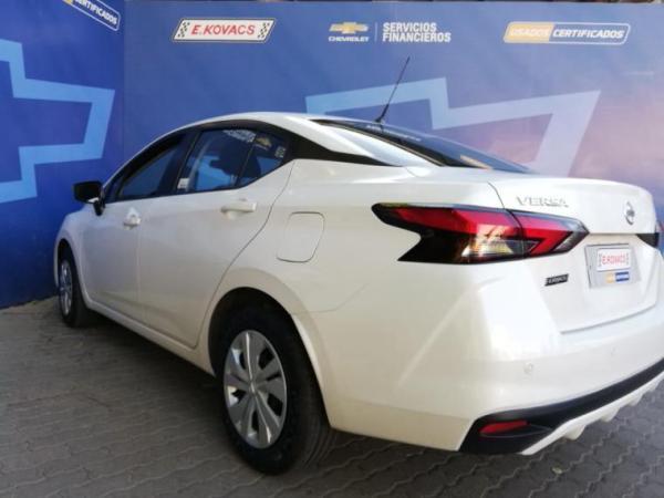 Nissan Versa SENSE 1.6 año 2020