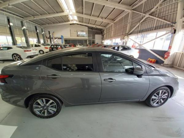 Nissan Versa ADVANCE 1.6 año 2020