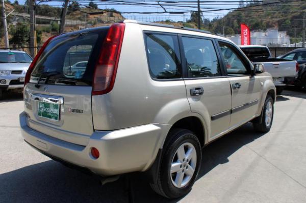Nissan X Trail 2.5 MT 4X4 año 2010