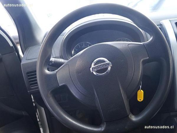 Nissan X Trail S 2.5 año 2012