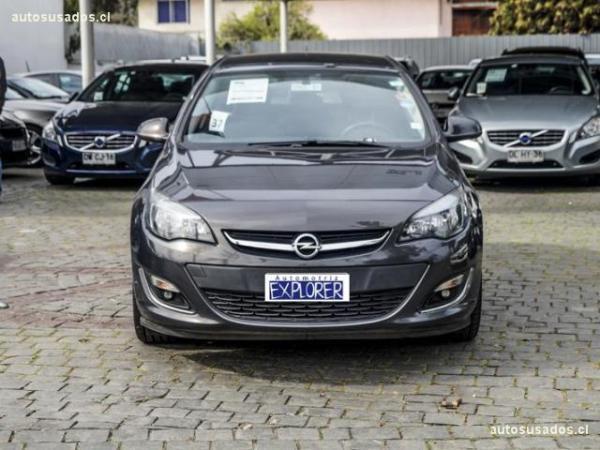 Opel Astra 1.6 TURBO ENJOY HB5 año 2014