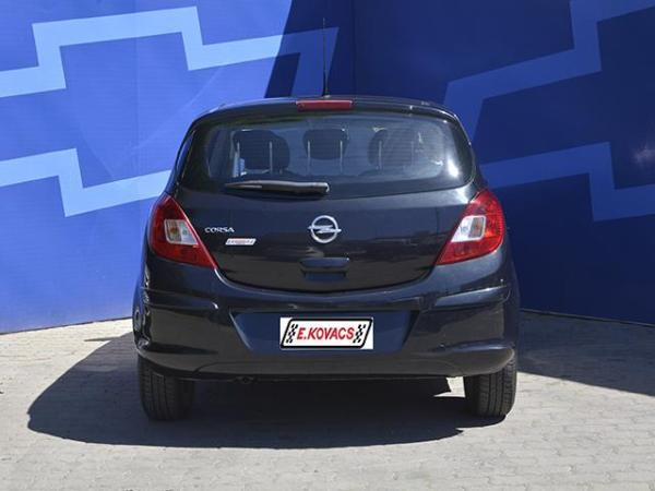 Opel Corsa enjoy año 2012