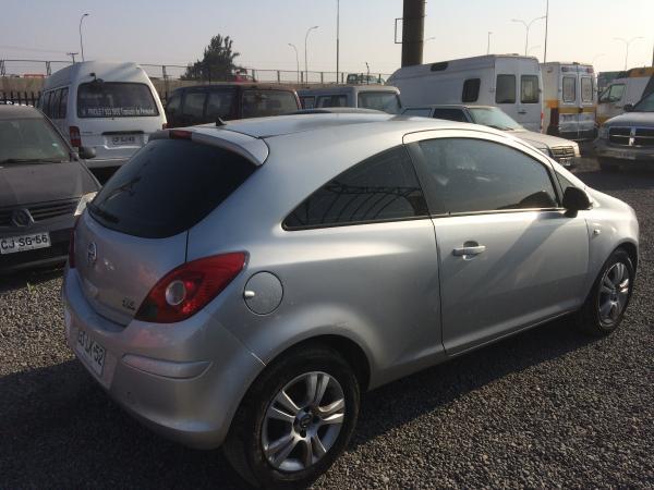 Opel Corsa HB 1.4 año 2014