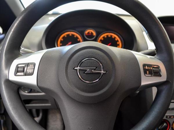 Opel Corsa ENJOY 1.4 MT año 2014