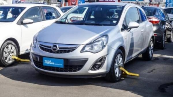 Opel Corsa II 1.4 ENJOY año 2015