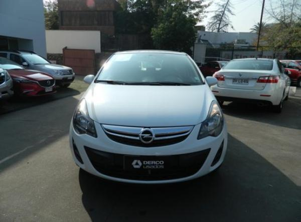 Opel Corsa ENJOY año 2015