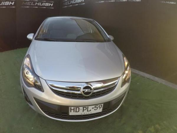 Opel Corsa RO UN DUENO año 2015