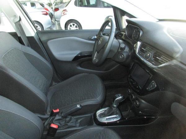 Opel Corsa COSMO HB 1.4 . año 2017