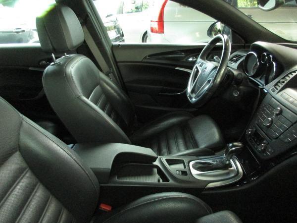 Opel Insignia COSMO 2.0 . año 2012