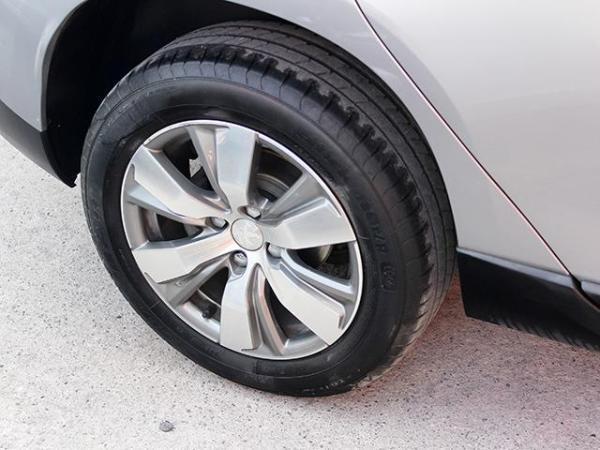 Peugeot 2008 ACTIVE MT año 2015