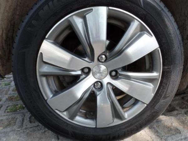 Peugeot 2008  año 2015