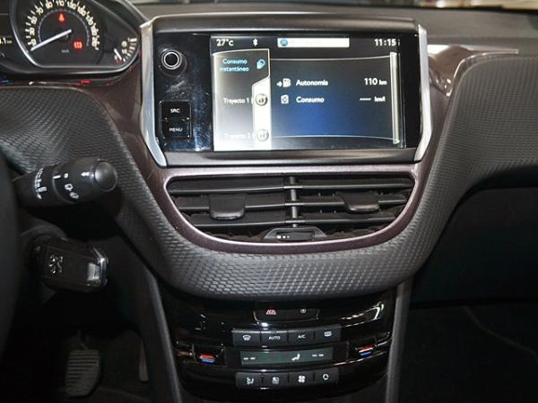 Peugeot 2008 ACTIVE HDI 1.4 68HP año 2015