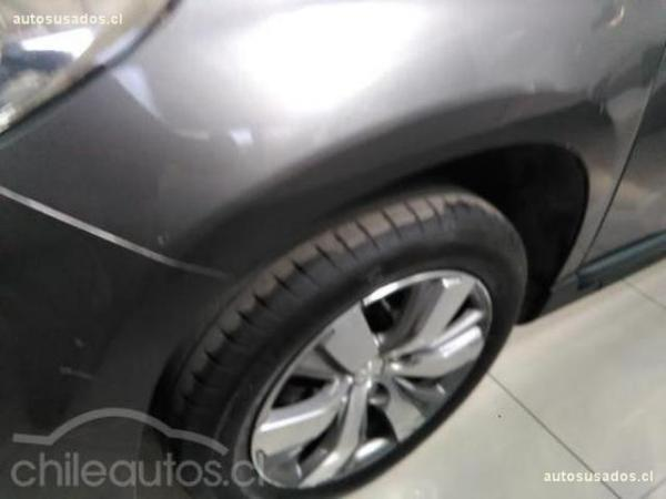 Peugeot 2008 ACTIVE 1.4 HDI año 2015