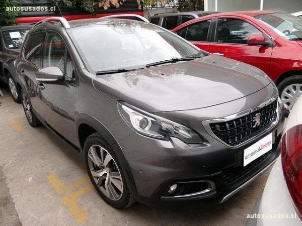 Peugeot 2008 ALLURE 1.2 110HP año 2017