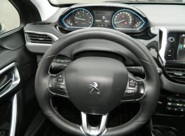 Peugeot 2008 ALLURE año 2017