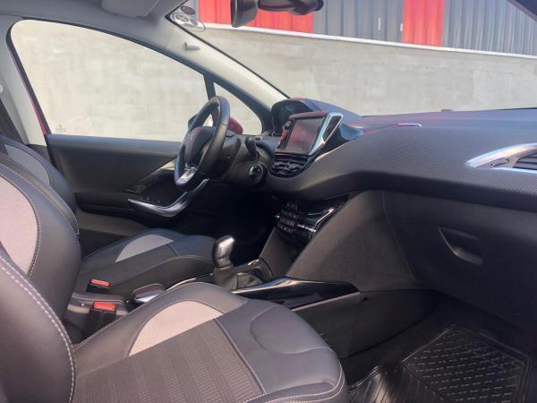 Peugeot 2008 1.6 BlueHDI Allure MT año 2018