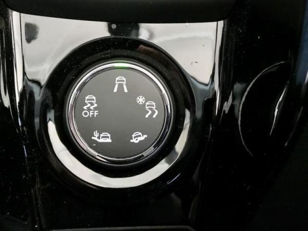 Peugeot 2008 ALLURE año 2020