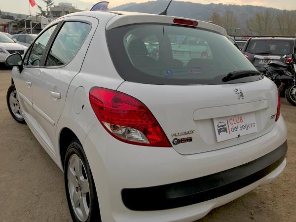Peugeot 207 1.4 PREMIUM XLINE año 2011